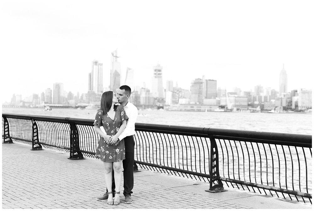 Hoboken-Waterfront-Engagement-Session-City-Photo_0022.jpg