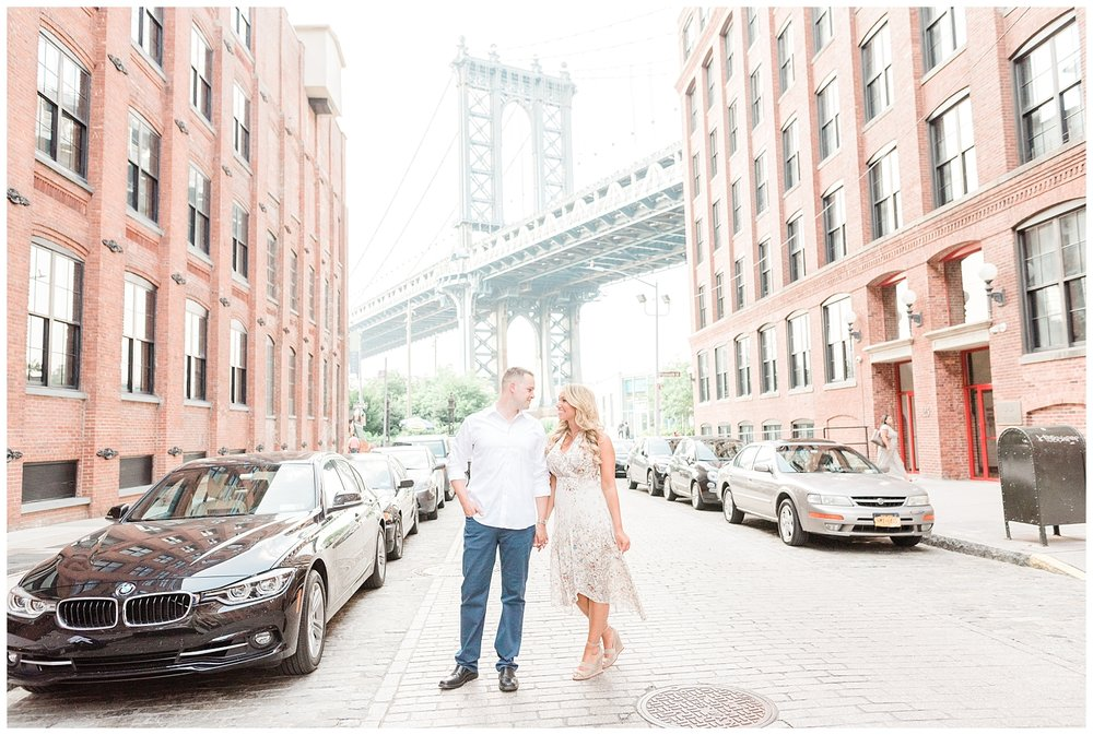 Brooklyn-Bridge-NY-Engagement-Session-Photo-_0004.jpg