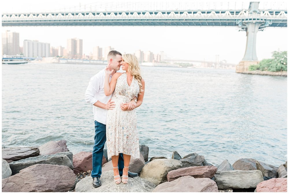 Brooklyn-Bridge-NY-Engagement-Session-Photo-_0015.jpg