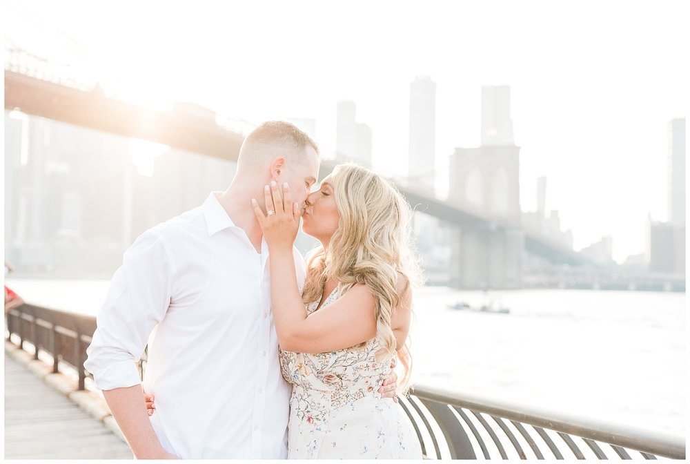 Brooklyn-Bridge-NY-Engagement-Session-Photo-_0041.jpg