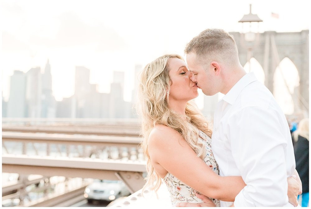 Brooklyn-Bridge-NY-Engagement-Session-Photo-_0063.jpg