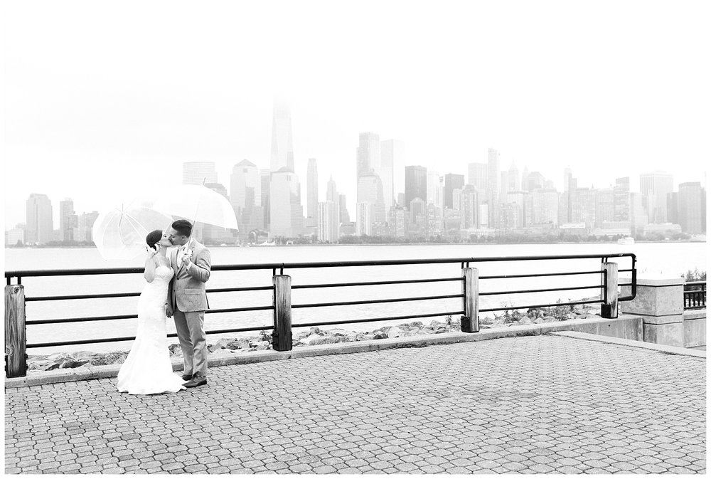 Maritime-Parc-Jersey-City-NJ-Skyline-Wedding-Photo_0110.jpg