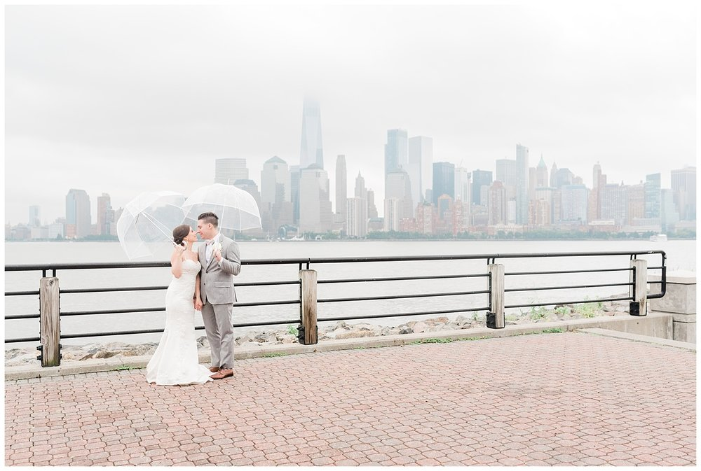 Maritime-Parc-Jersey-City-NJ-Skyline-Wedding-Photo_0122.jpg