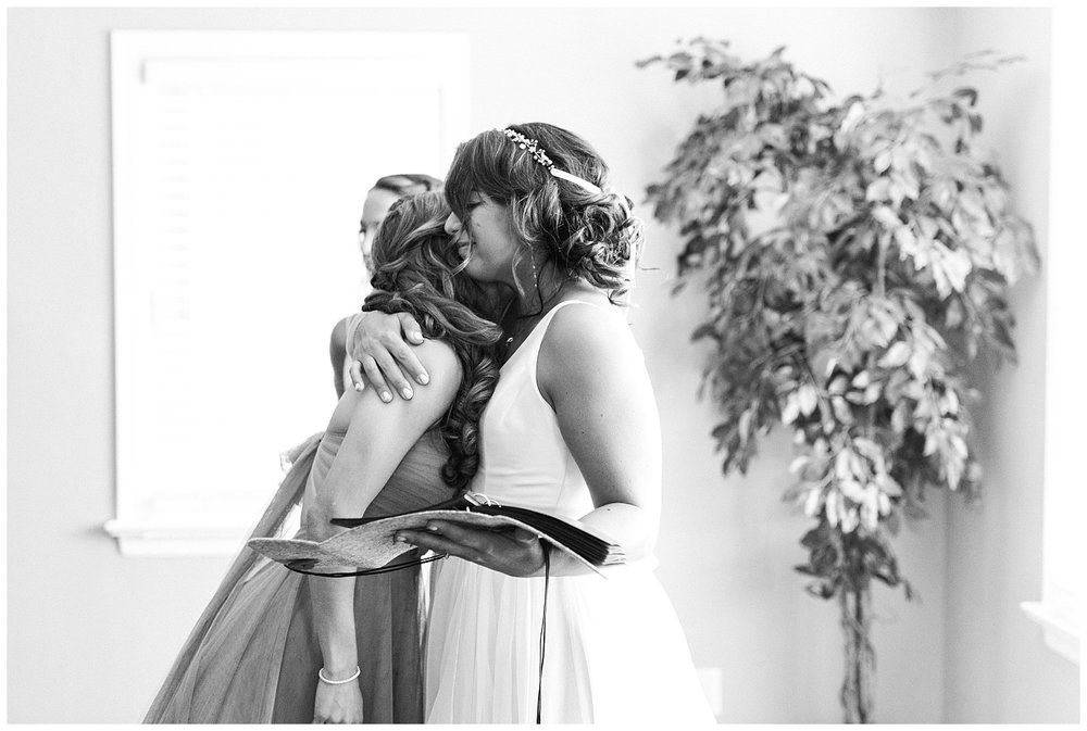 Indian-Trail-Club-Franklin-Lakes-NJ-Summer-Stylish-Wedding-Photographer-Photo-_0031.jpg