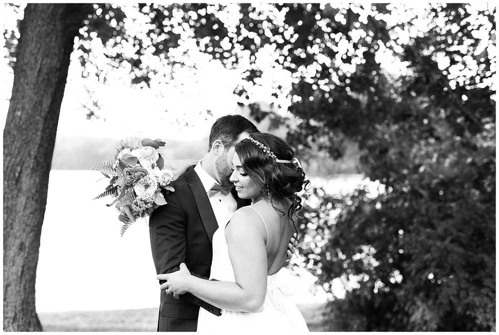 Indian-Trail-Club-Franklin-Lakes-NJ-Summer-Stylish-Wedding-Photographer-Photo-_0060.jpg