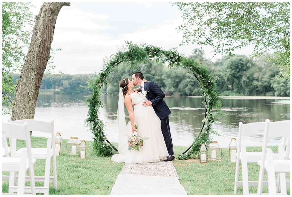 Indian-Trail-Club-Franklin-Lakes-NJ-Summer-Stylish-Wedding-Photographer-Photo-_0090.jpg