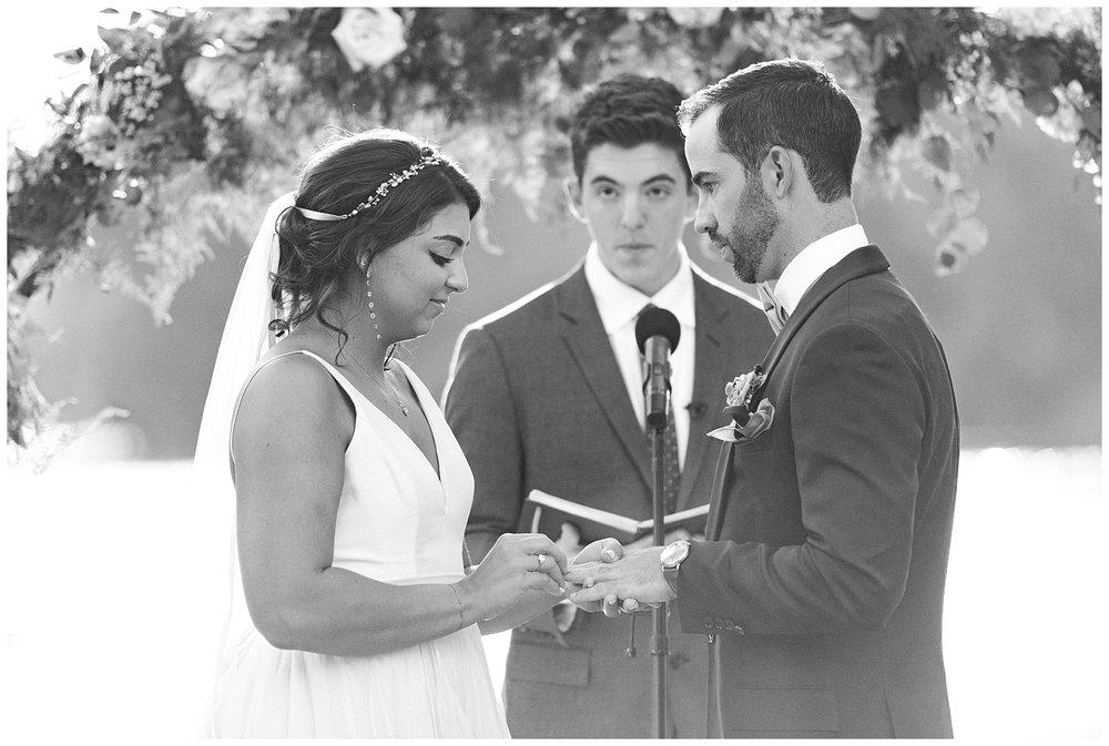 Indian-Trail-Club-Franklin-Lakes-NJ-Summer-Stylish-Wedding-Photographer-Photo-_0160.jpg