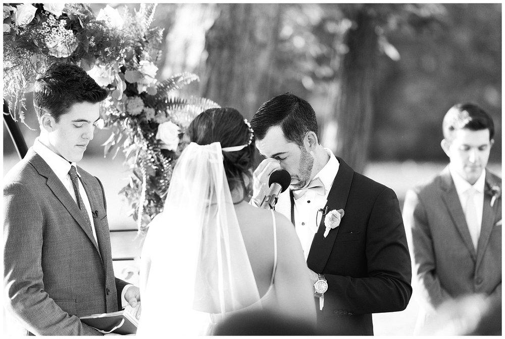 Indian-Trail-Club-Franklin-Lakes-NJ-Summer-Stylish-Wedding-Photographer-Photo-_0163.jpg
