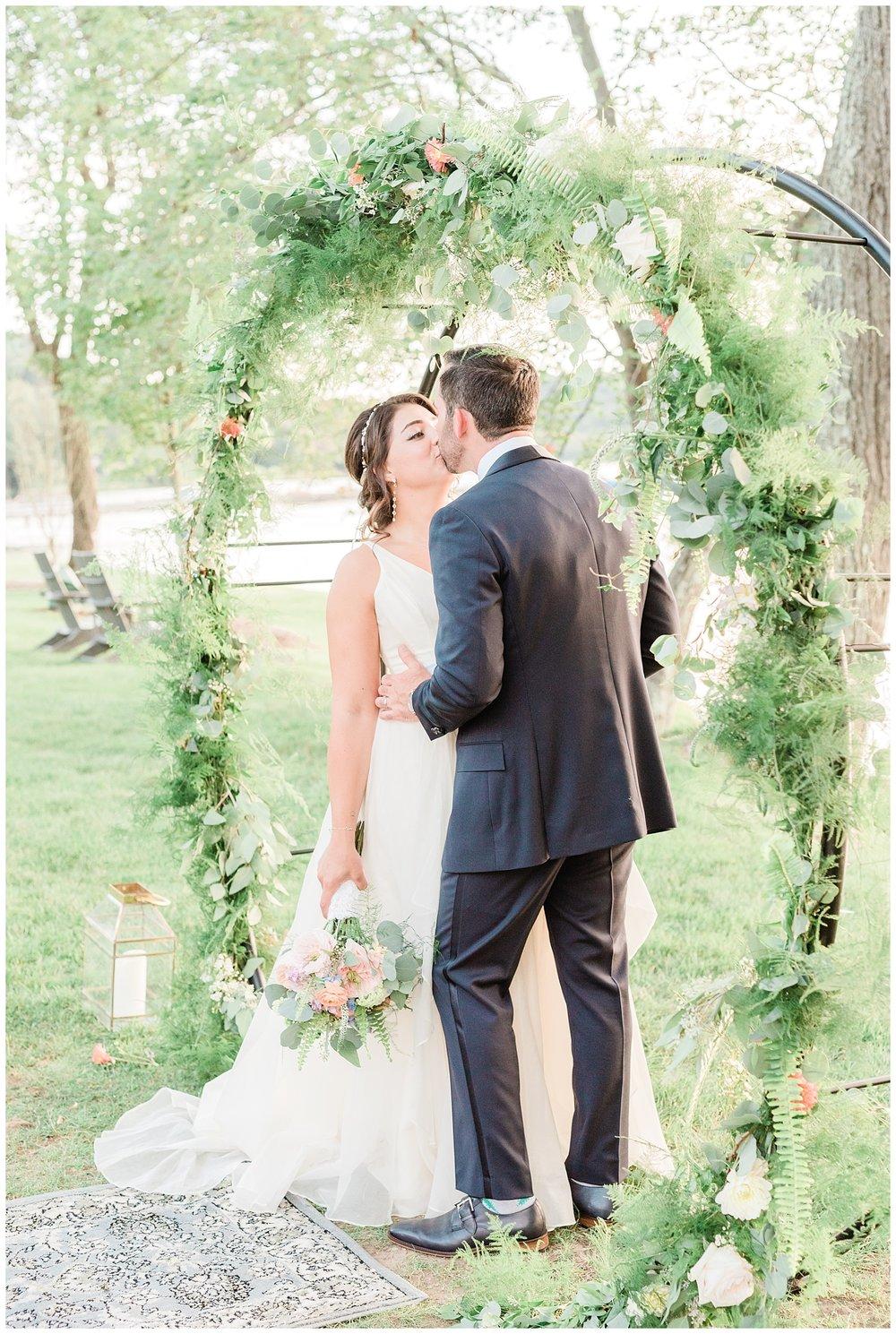 Indian-Trail-Club-Franklin-Lakes-NJ-Summer-Stylish-Wedding-Photographer-Photo-_0176.jpg