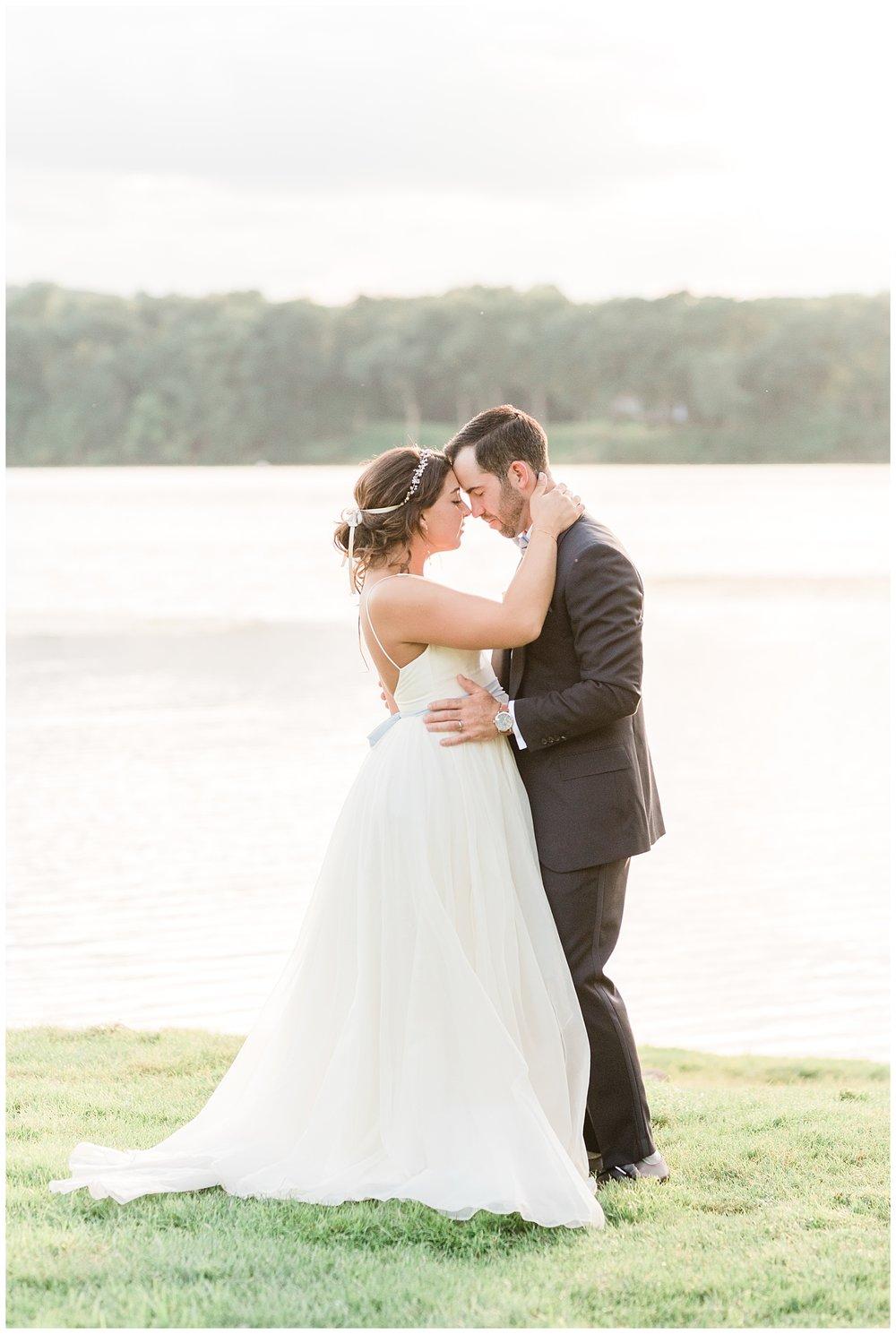 Indian-Trail-Club-Franklin-Lakes-NJ-Summer-Stylish-Wedding-Photographer-Photo-_0183.jpg