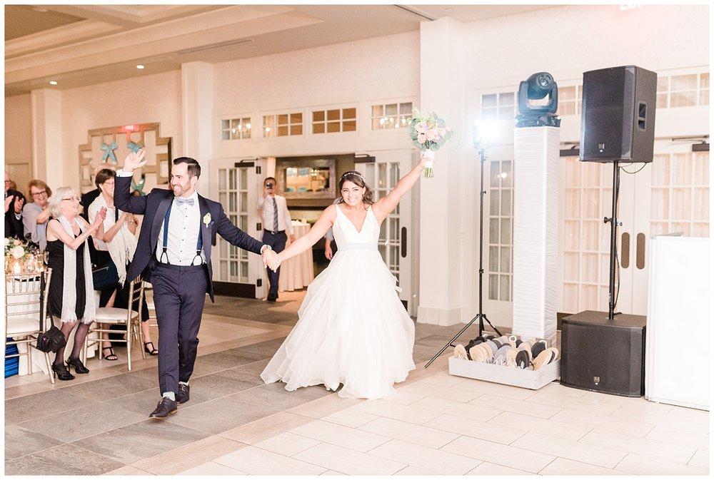 Indian-Trail-Club-Franklin-Lakes-NJ-Summer-Stylish-Wedding-Photographer-Photo-_0197.jpg