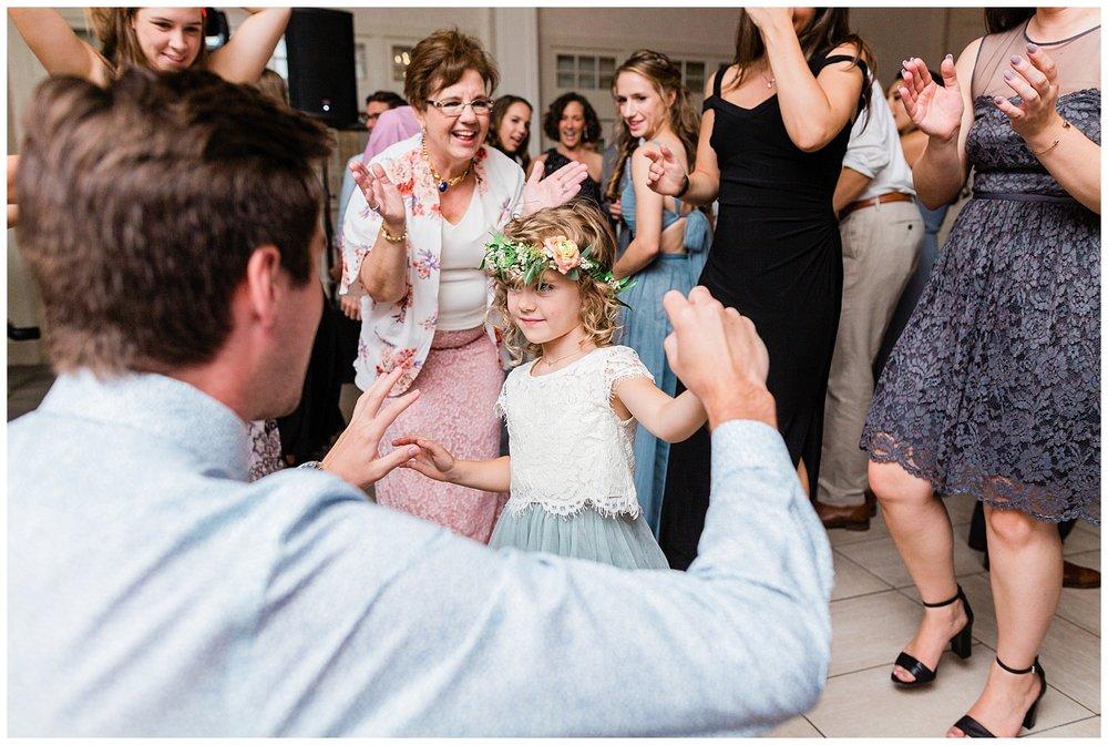Indian-Trail-Club-Franklin-Lakes-NJ-Summer-Stylish-Wedding-Photographer-Photo-_0209.jpg