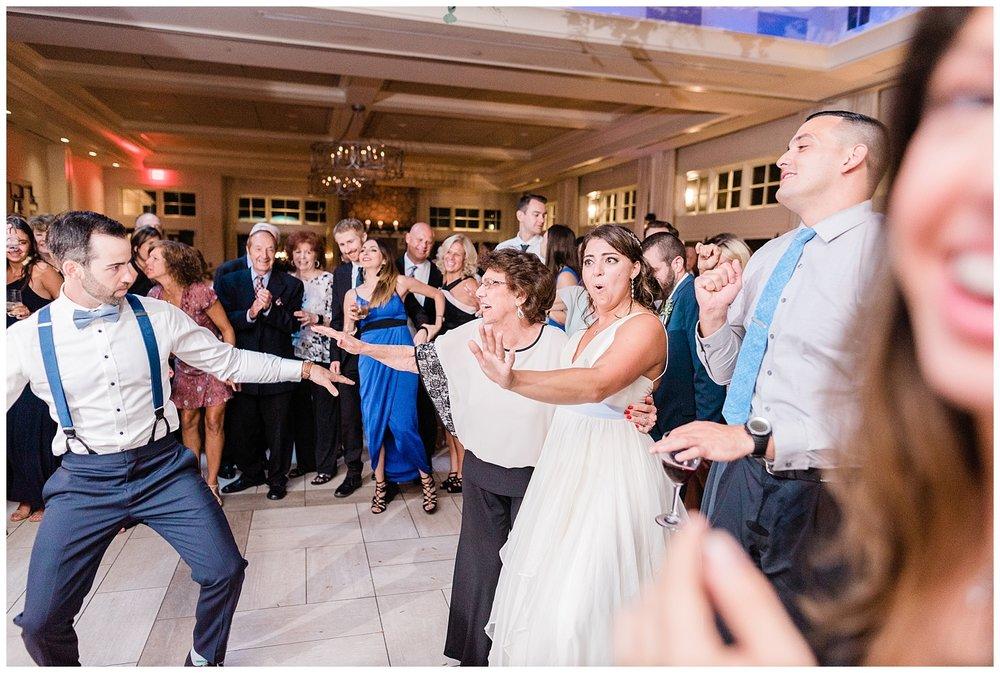 Indian-Trail-Club-Franklin-Lakes-NJ-Summer-Stylish-Wedding-Photographer-Photo-_0215.jpg