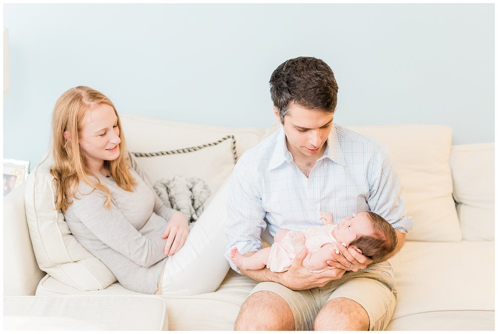 nj-newborn-family-at-home-session-baby-photo-_0008.jpg