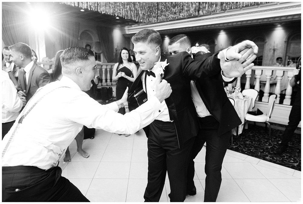 naninas-in-the-park-belleville-nj-wedding-photographer-photo_0196.jpg