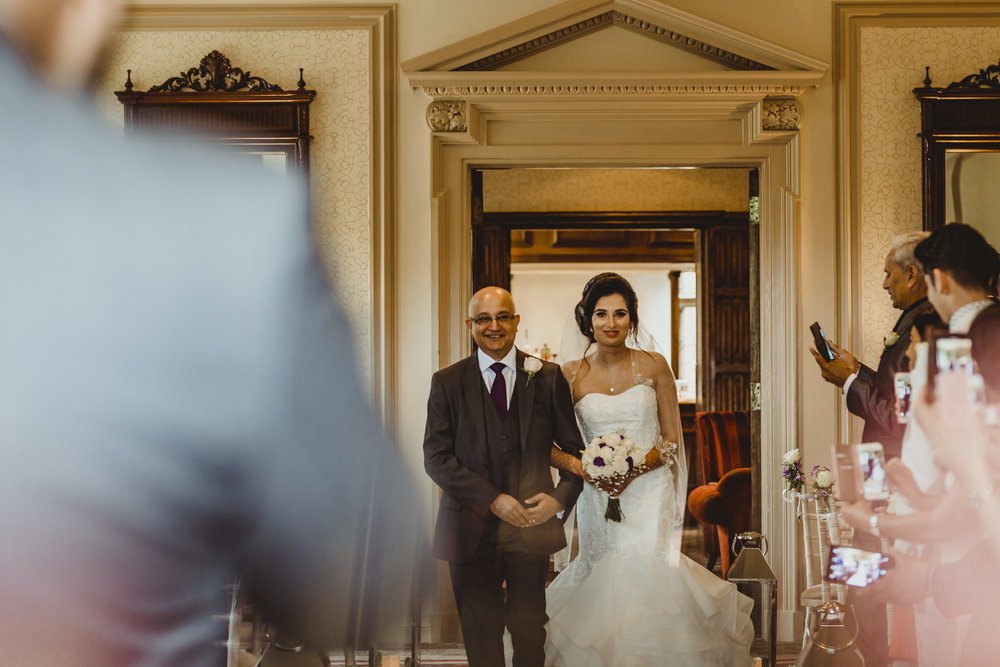N&J_MILTON_KEYNES_WEDDING_LONDON_PHOTOGRAPHER_ASIAN_WEDDING-355.JPG