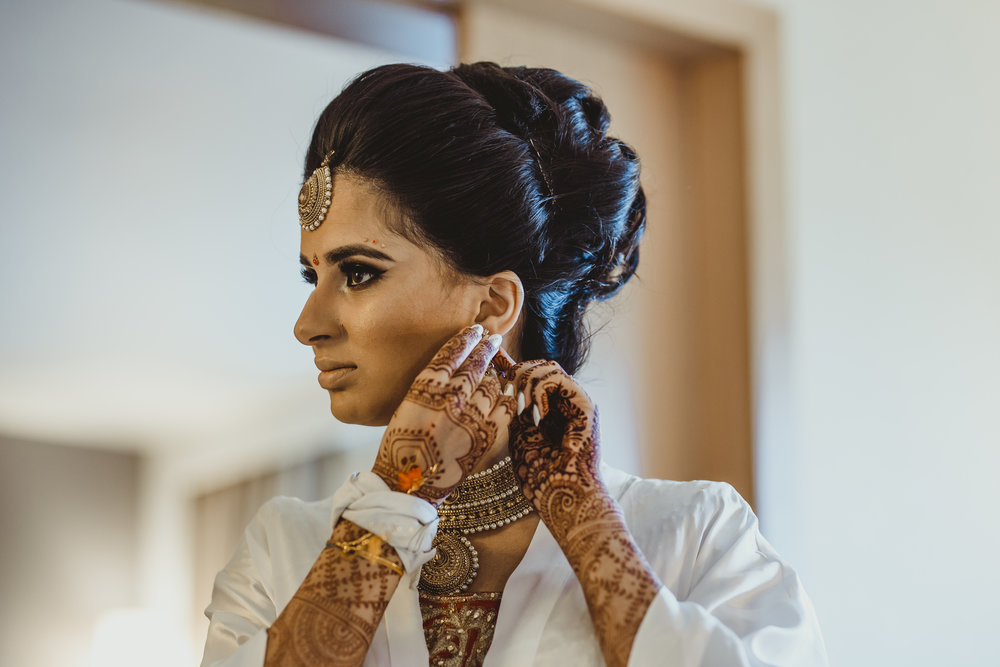 N&J_MILTON_KEYNES_WEDDING_LONDON_PHOTOGRAPHER_ASIAN_WEDDING-18.JPG