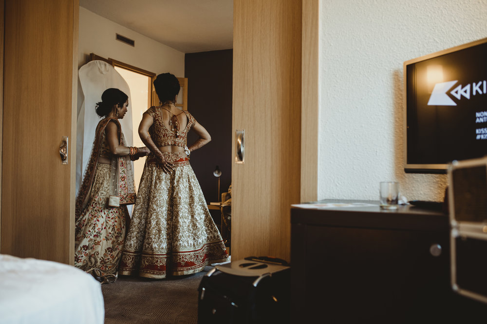 N&J_MILTON_KEYNES_WEDDING_LONDON_PHOTOGRAPHER_ASIAN_WEDDING-43.JPG