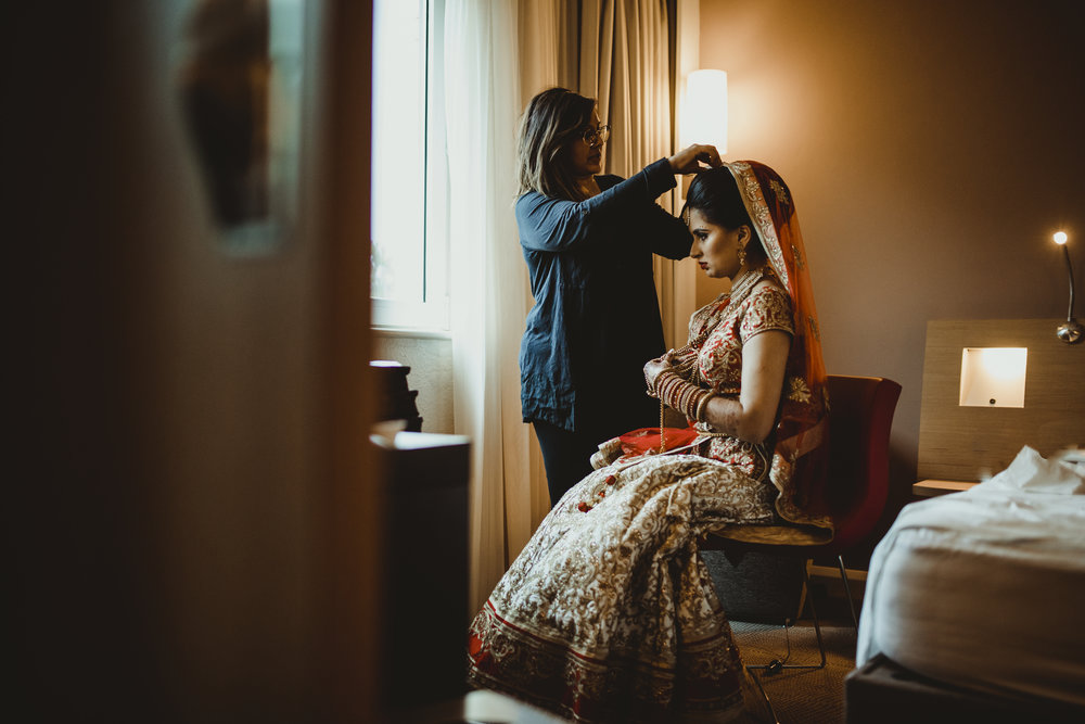 N&J_MILTON_KEYNES_WEDDING_LONDON_PHOTOGRAPHER_ASIAN_WEDDING-110.JPG
