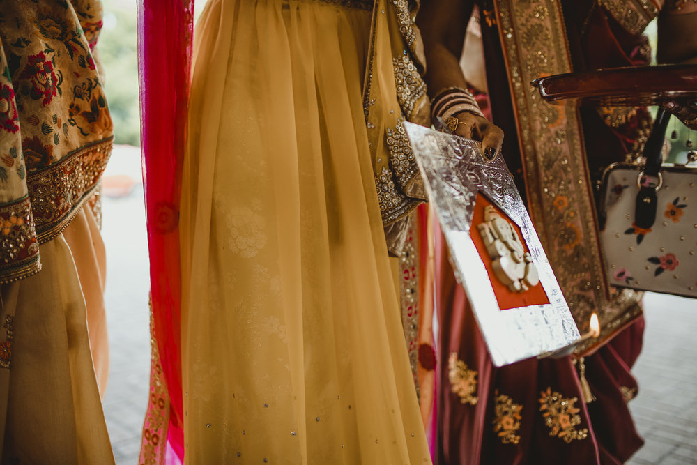 N&J_MILTON_KEYNES_WEDDING_LONDON_PHOTOGRAPHER_ASIAN_WEDDING-185.JPG