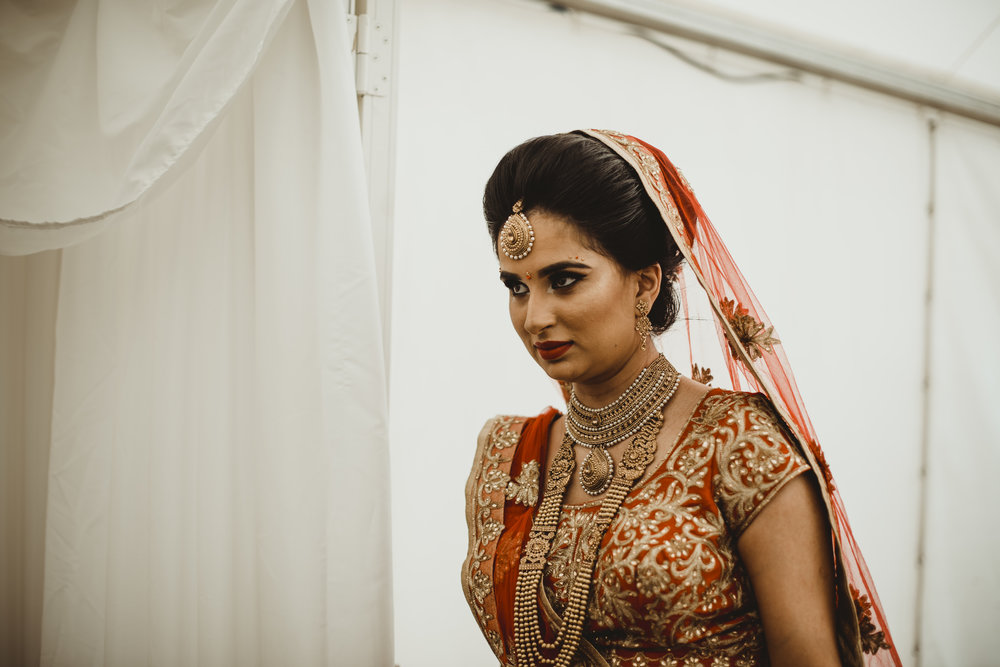 N&J_MILTON_KEYNES_WEDDING_LONDON_PHOTOGRAPHER_ASIAN_WEDDING-450.JPG