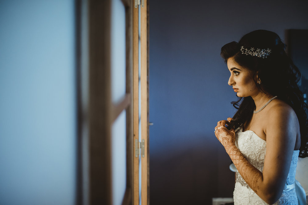 N&J_MILTON_KEYNES_WEDDING_LONDON_PHOTOGRAPHER_ASIAN_WEDDING-907.JPG