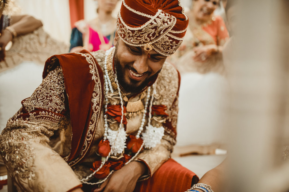 N&J_MILTON_KEYNES_WEDDING_LONDON_PHOTOGRAPHER_ASIAN_WEDDING-838.JPG