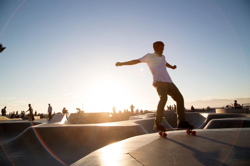 Venice_SkatePark_BrakeRailing_Flare.jpg
