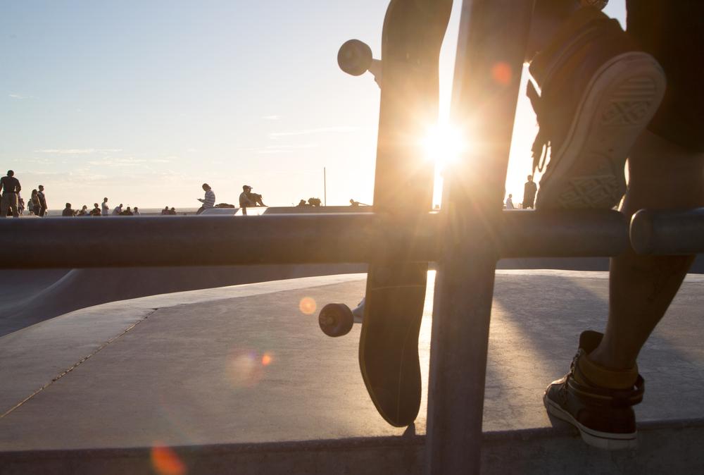 Venice_SkatePark_LowAngleShoes_Flare.jpg
