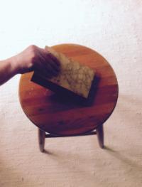 Minä otan kirjan tuoli lta . ( I take the book from the chair. )