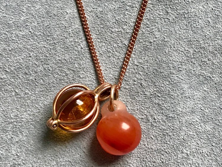 AMBER GEM BASKET, TIBETAN CARNELIAN BUTTON PENDANT ON ROSE GOLD CURB CHAIN