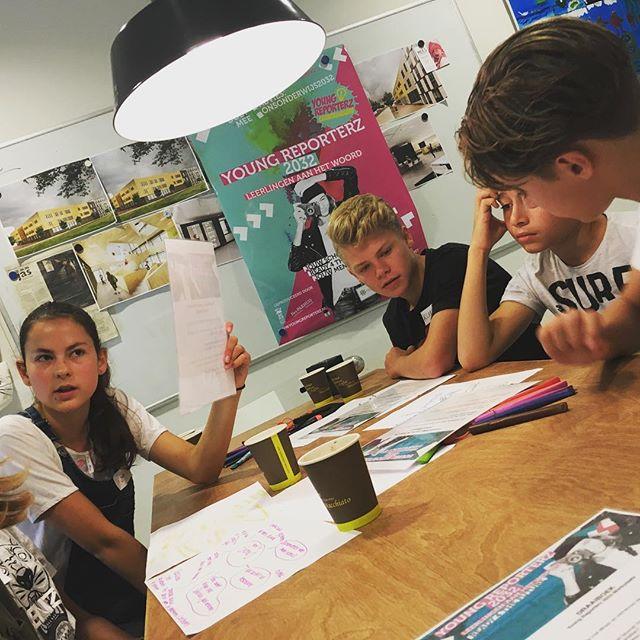Youngreporterz script voor de film. #ijburgcollege #Laks #onderwijs2032 #WiserFilm