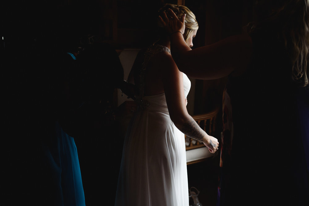Bridal prep at the wood norton