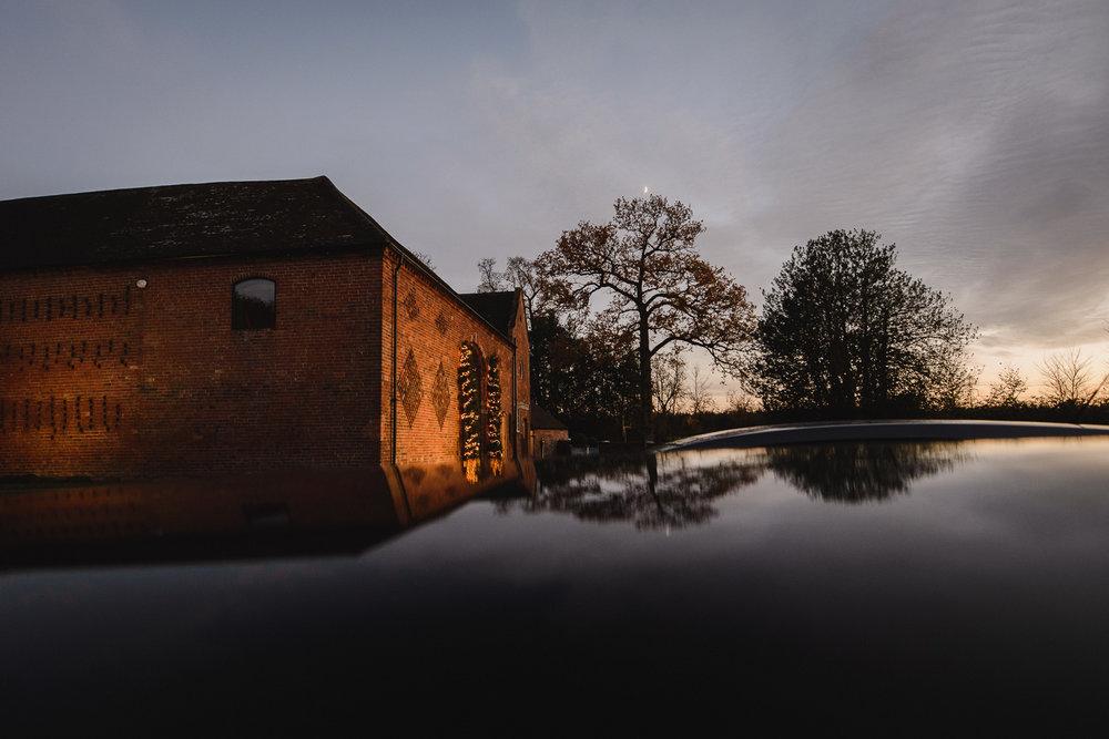 Catriona and Mathew. - Shustoke Farm Barns, Warwickshire.