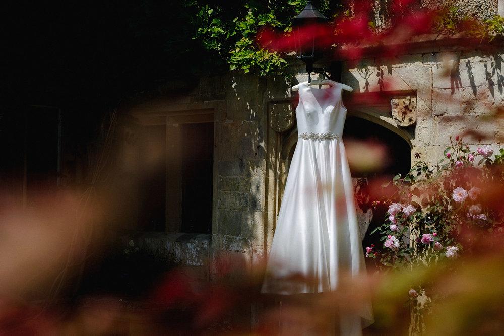 Abbey House Gardens Malmesbury Wedding-12.jpg