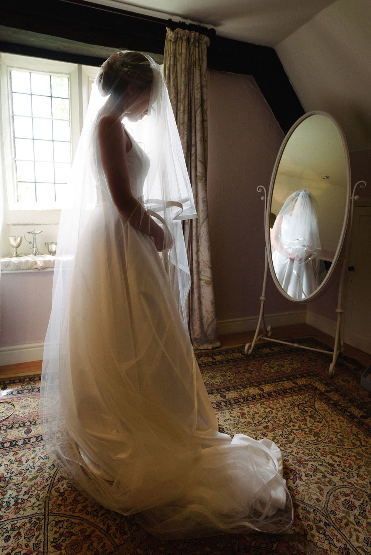 Abbey House Gardens Wedding Photographer.jpg