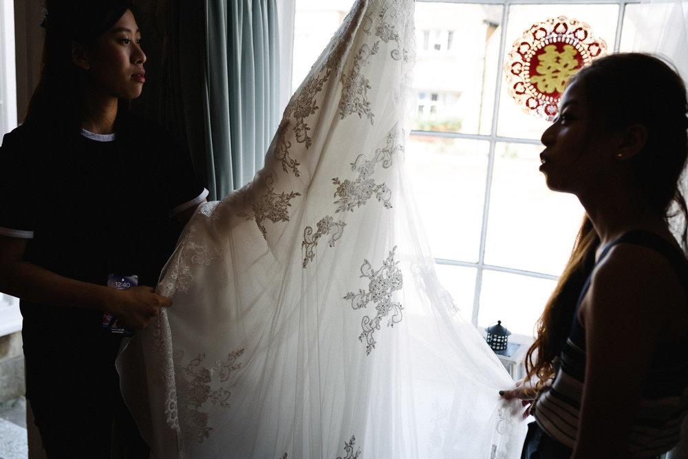 Wedding Photographer in Broadway Worcestershire-17.jpg