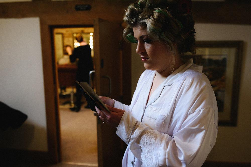 Mythe Barn Wedding Photographer-23.jpg