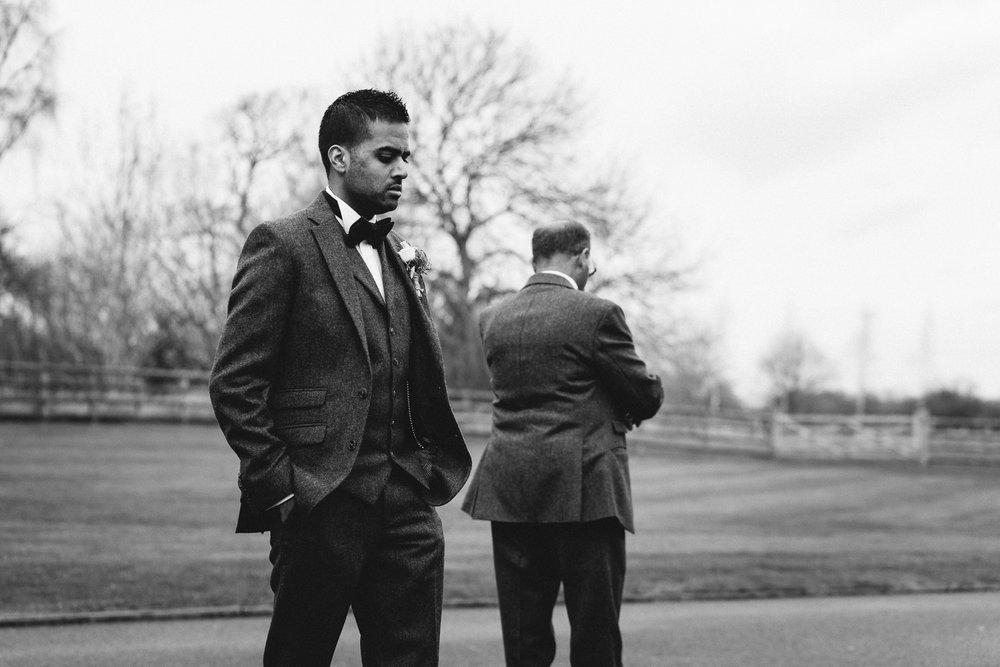 Mythe Barn Wedding Photographer-33.jpg