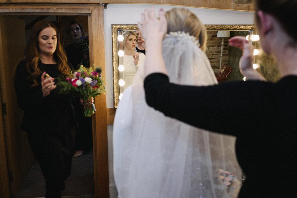 Mythe Barn Wedding Photographer-37.jpg