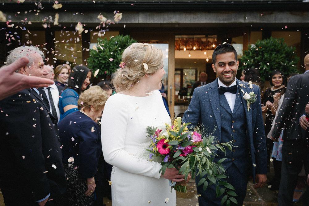 Mythe Barn Wedding Photographer-54.jpg