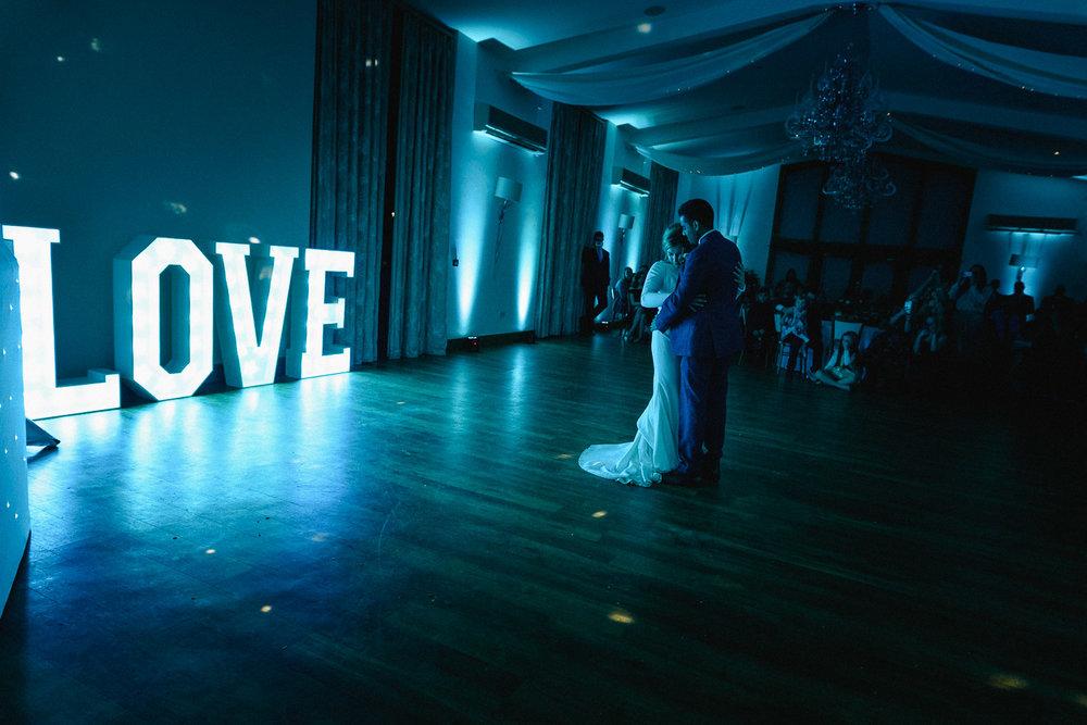 Mythe Barn Wedding Photographer-111.jpg