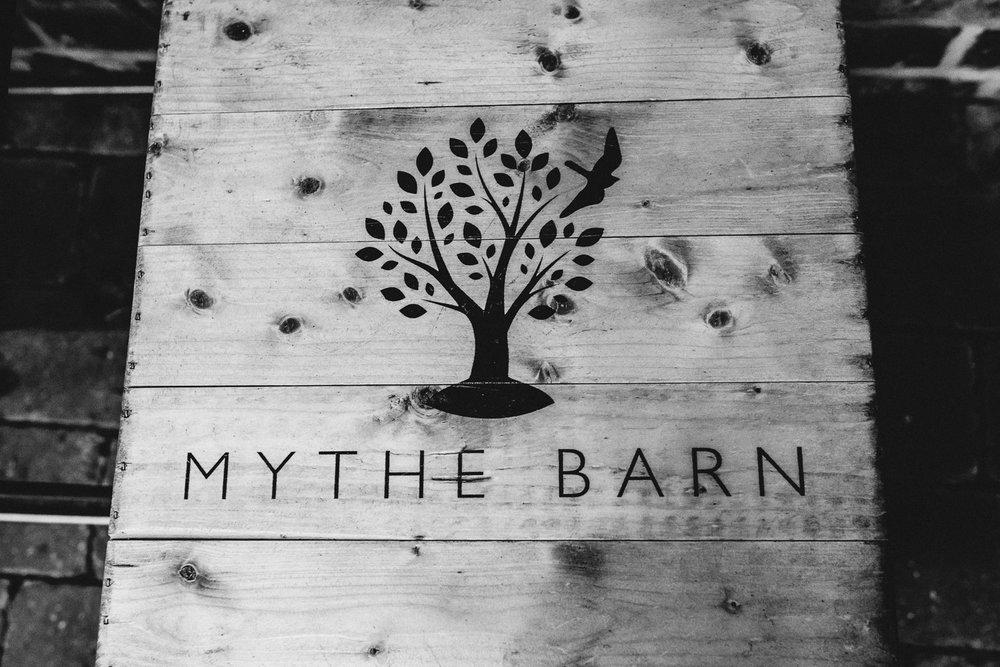 Mythe Barn Wedding Photographer-120.jpg
