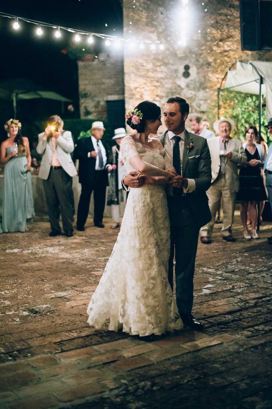 Katie and Andrew on their wedding day at Borgo Stomannano, Italy