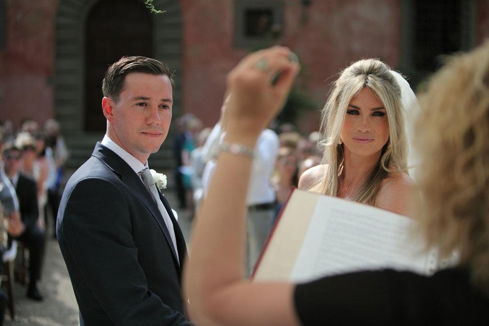 Sarah and Thomas on their wedding day at Villa Vignamaggio, Tuscany, Italy