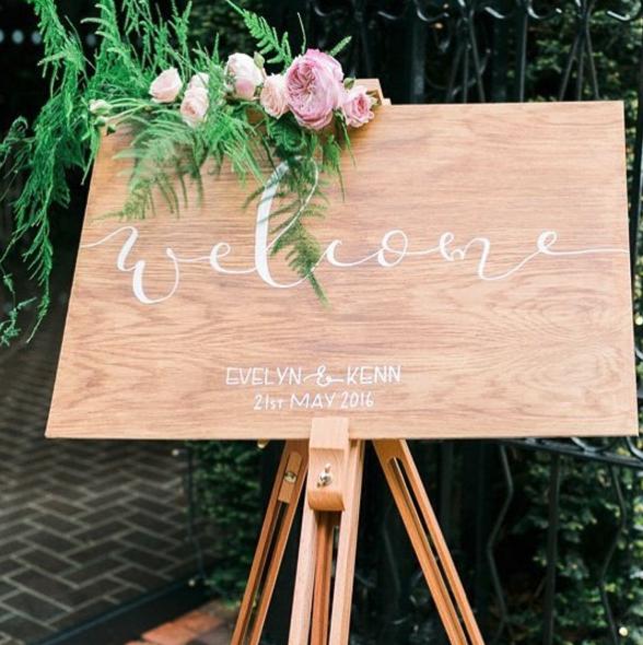 modern calligraphy wedding welcome signage