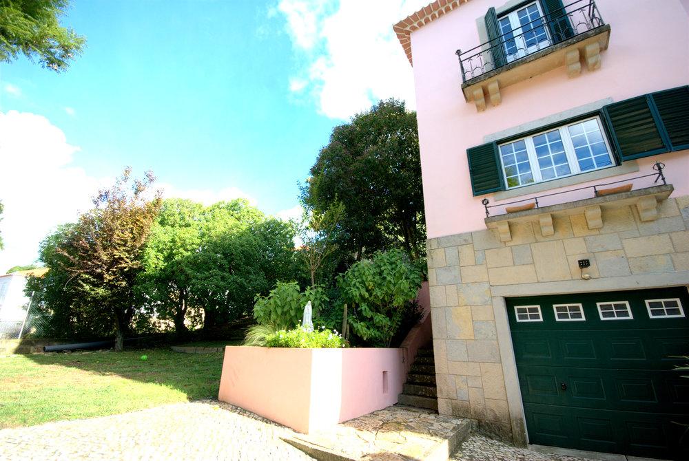 Casa front Oeiras2.jpg