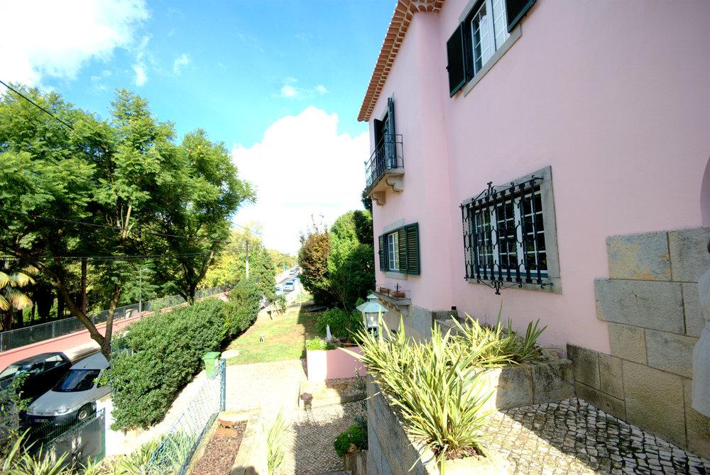 Casa front Oeiras4.jpg