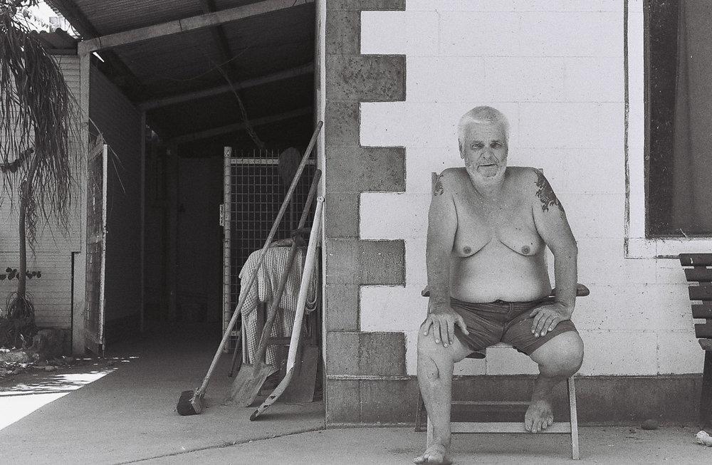 Steve, former UK soldier,living alone in the outback. Old Halls Creek.