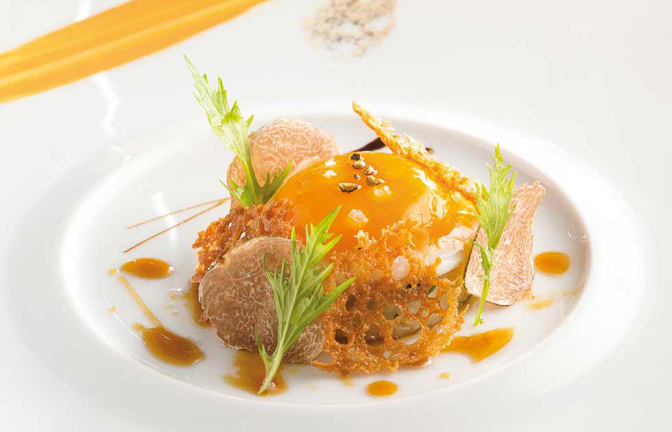 Photos courtesy of   Restaurant Joël Robuchon Monte Carlo